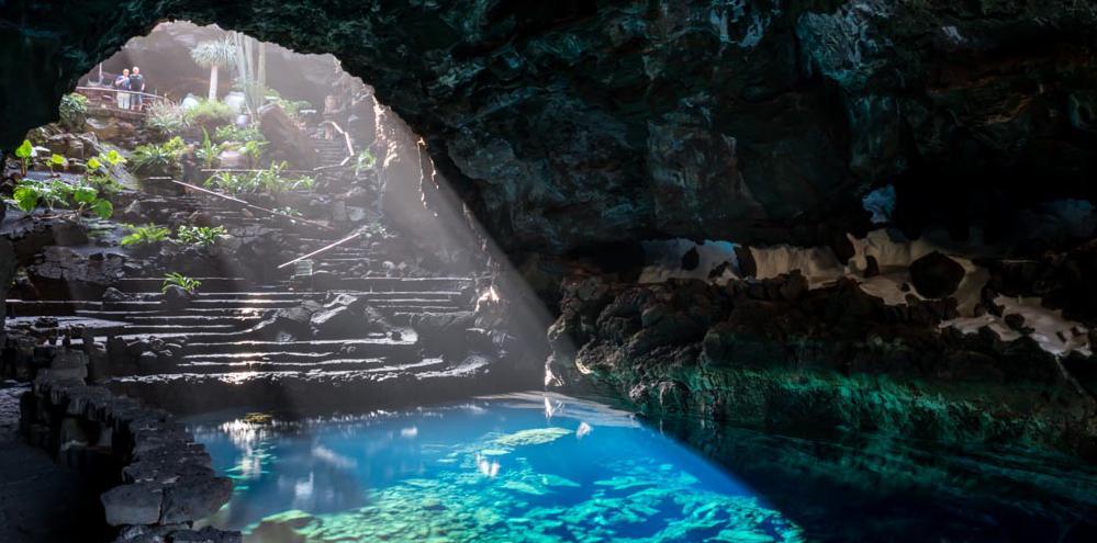 César-Manrique-cave